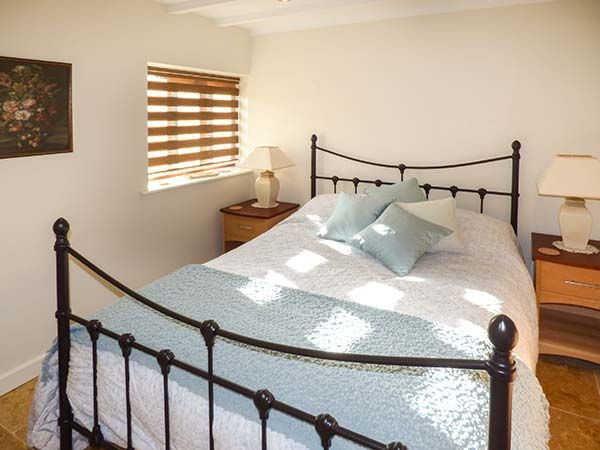 Charming country retreat in North Nottinghamshire countryside, Holiday accommodation